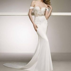 Wedding dress (pronovias)